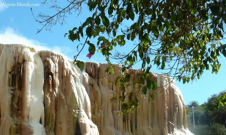 cascade-hammam-meskoutine